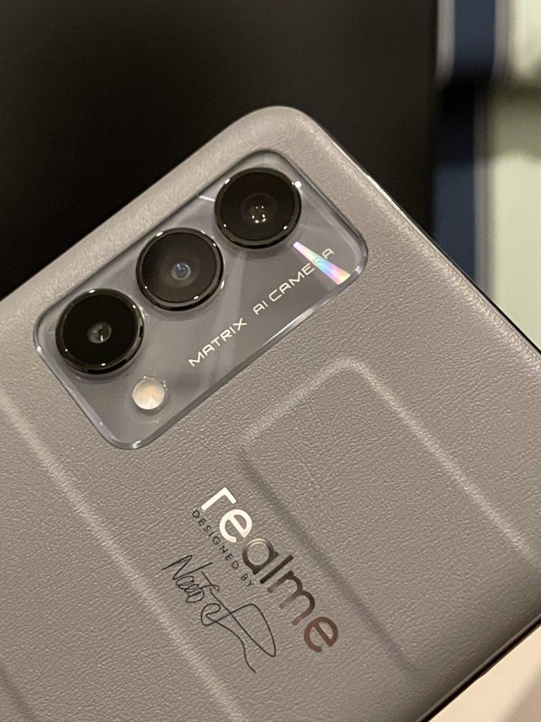 realme GT Master Edition First Impressions - cameras